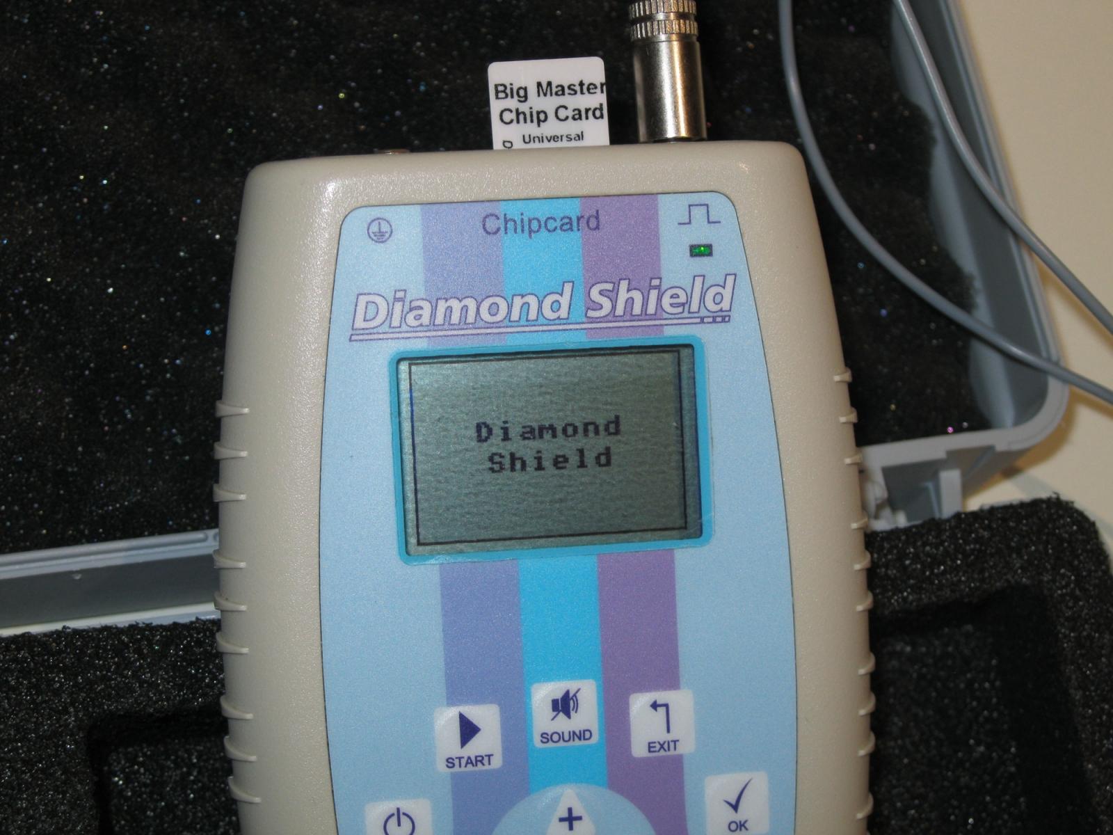 Diamond-Shield-Zapper-mit-Maserchip-Karte