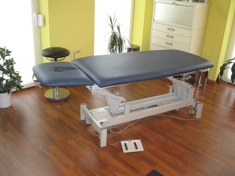 Osteopathiepraxis-Lüneburg-Uelzen-Osteopathieliege-Florian-Hoffmann