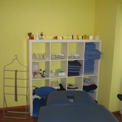 professionelle-Osteopathieliege-Behandlung-Osteopath